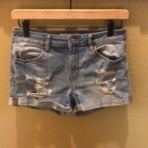 NWOT Pacsun  Distressed Jean Shorts Sz 27